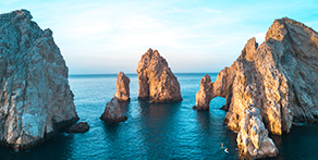 Destination of the Month:<br />Los Cabos