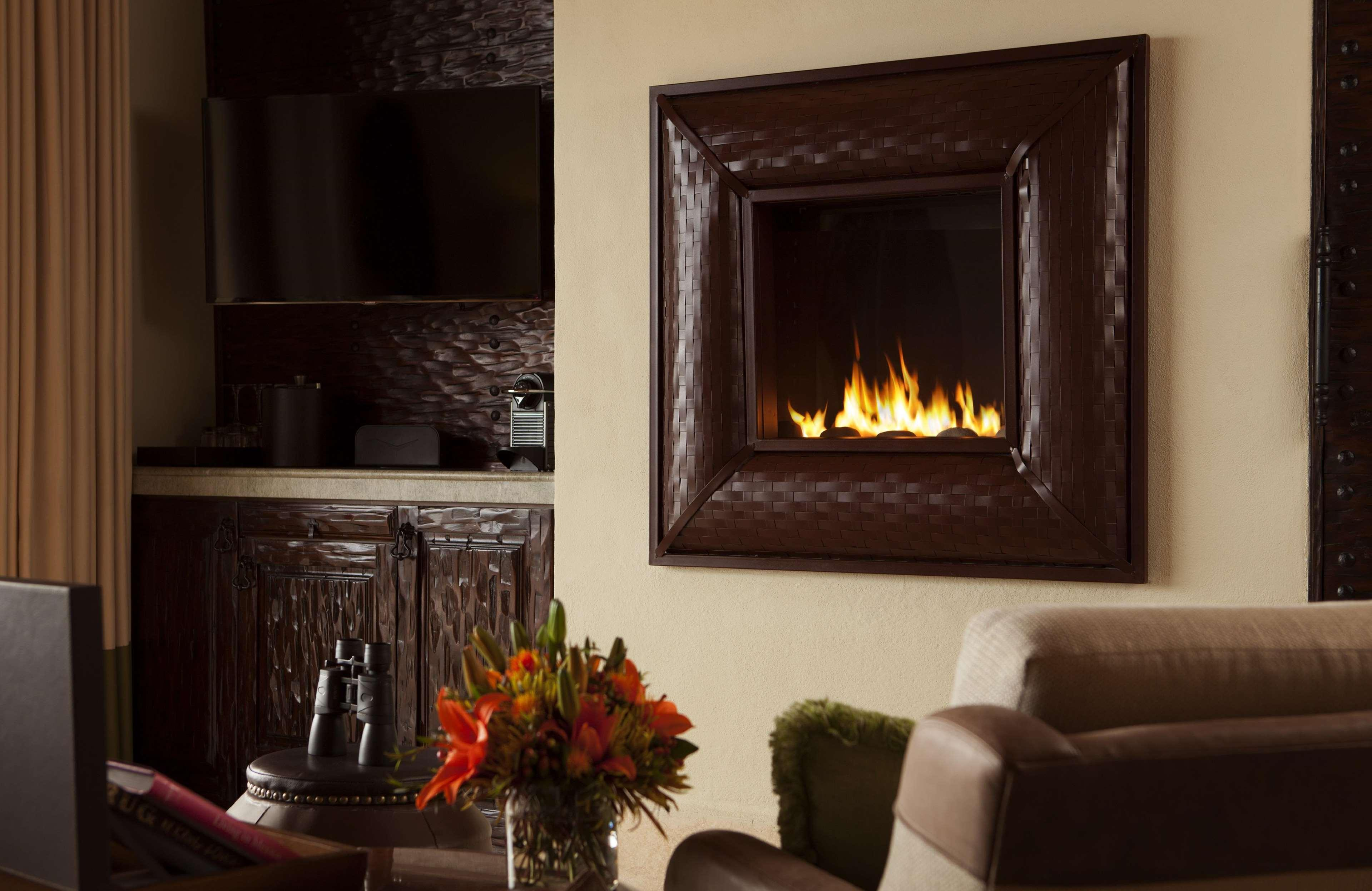 Gas fireplace in all rooms