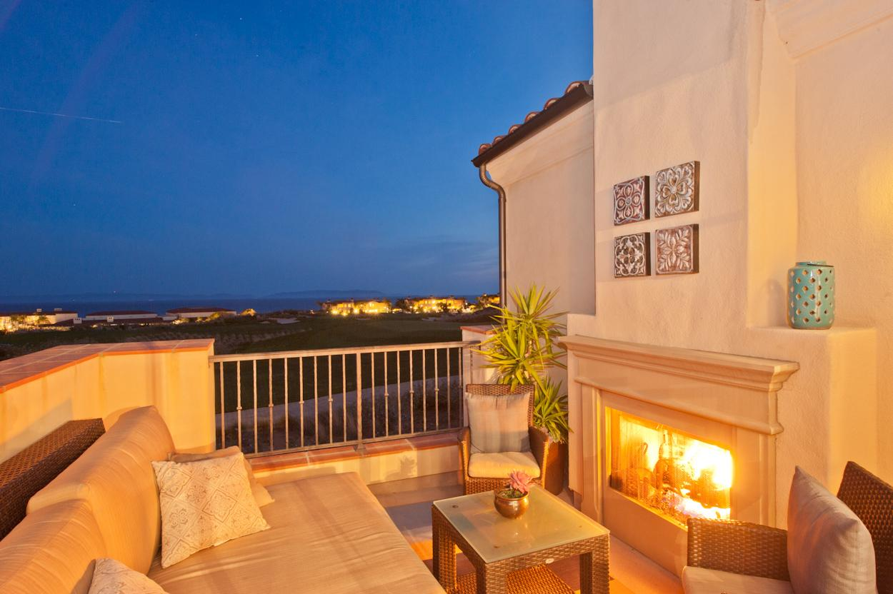 2 bedroom Villa terrace with fireplace