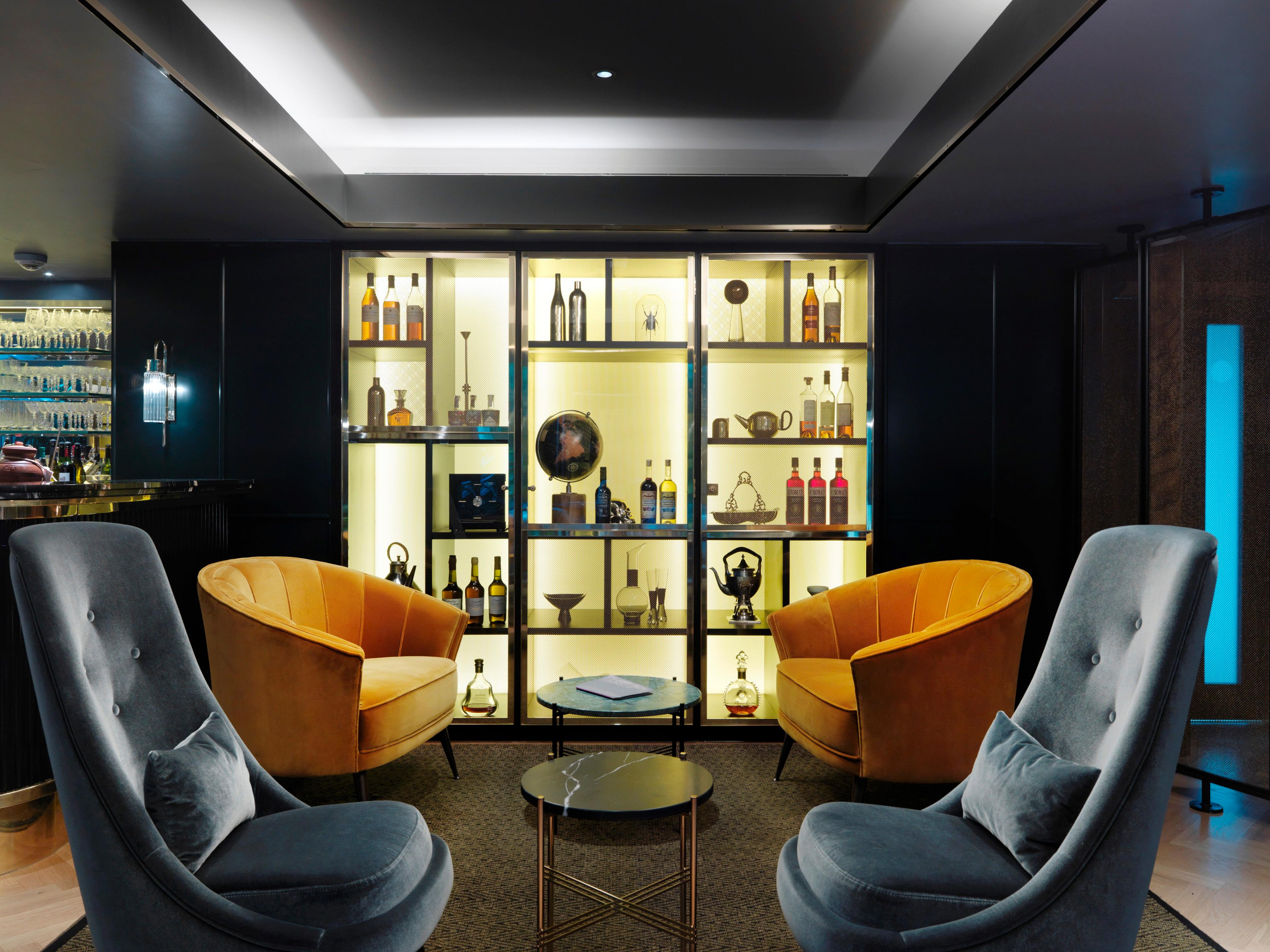 The Bar Prive
