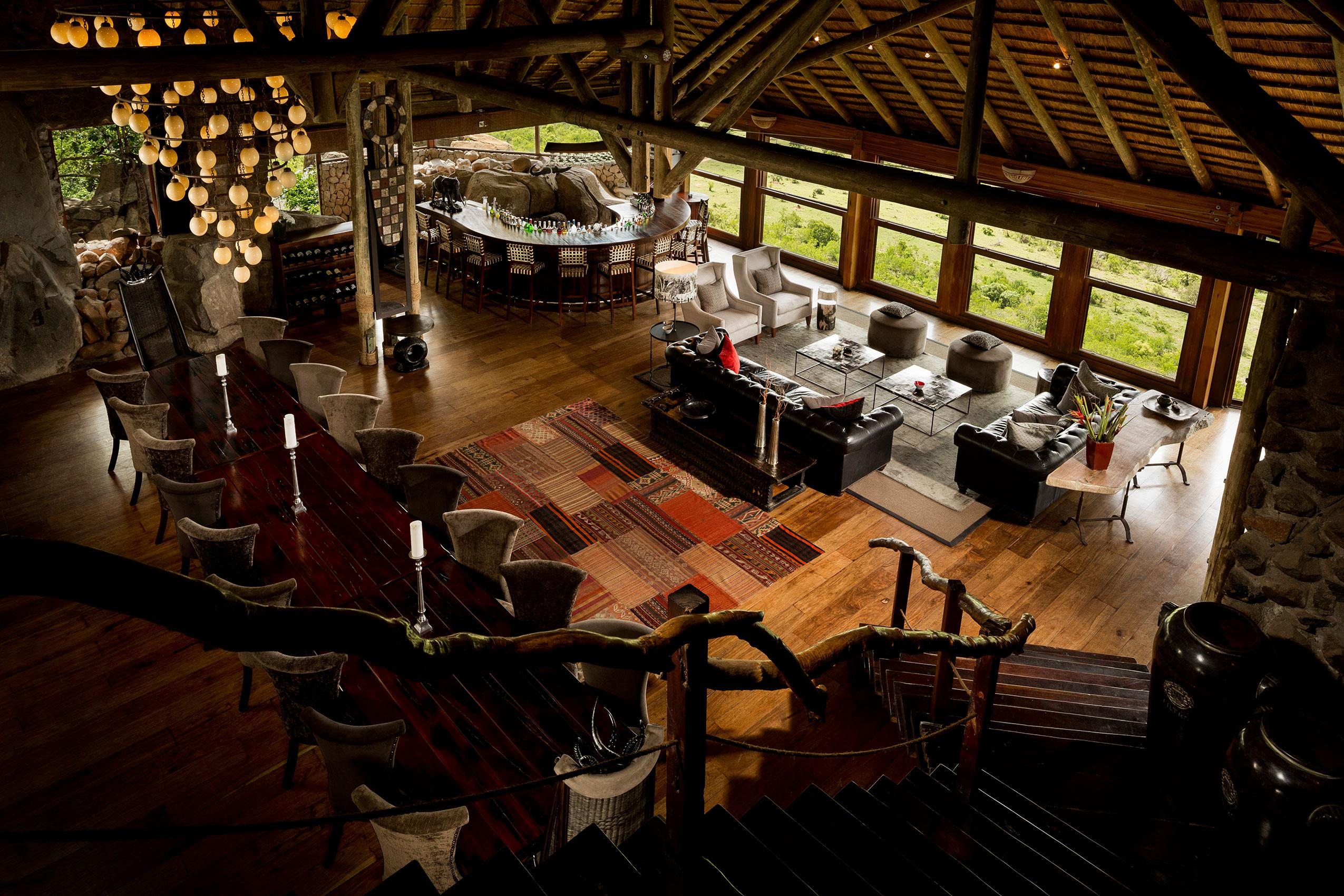 Rock Lodge-Lounge and dining