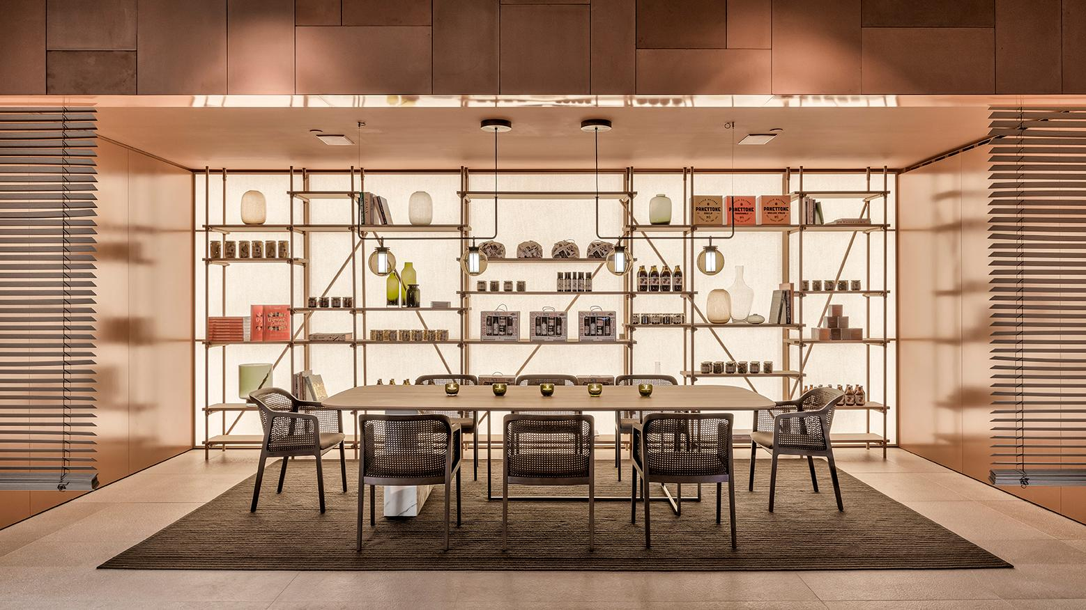 Pastamara features a private dining room called Studio, which is at the same time a modern concept store offering delicious take-away products from Ciccio Sultano