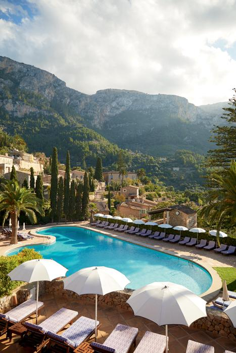 Joyful days by the pool surrounded by the Tramuntana Mountains