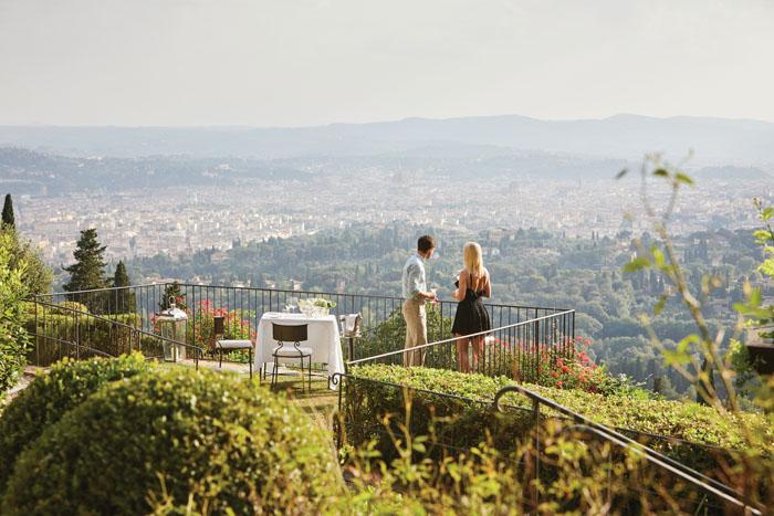 Romantic dinner with views over Florence