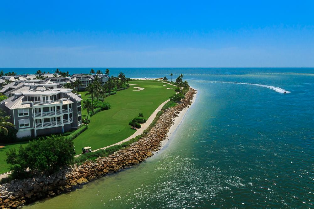 Located at the tip of the North Pointe of Captiva, the two- or three-bedroom Lands End Villas are the ultimate location at South Seas.