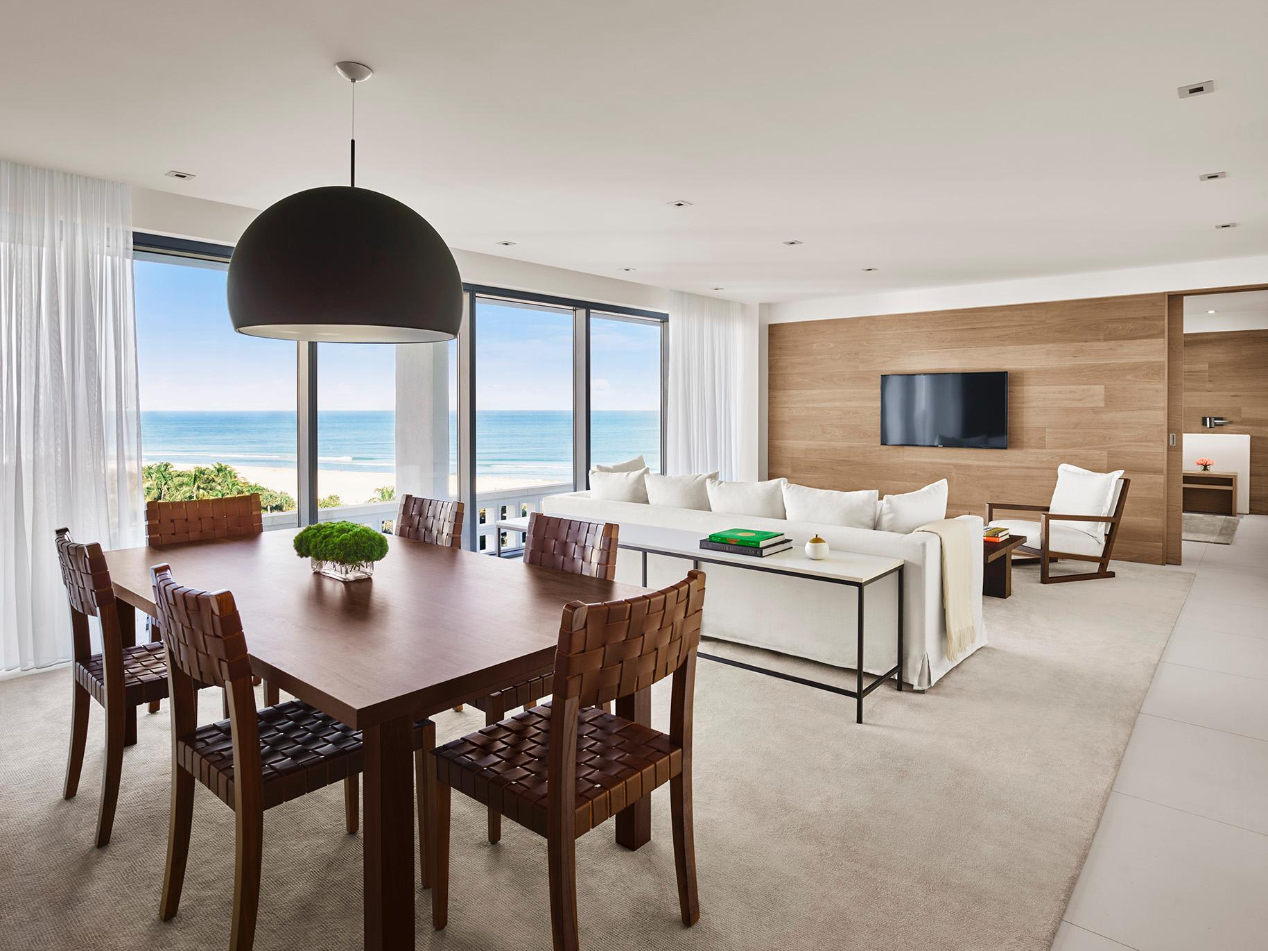 Deluxe Ocean View Suite 1,135 SqFt
