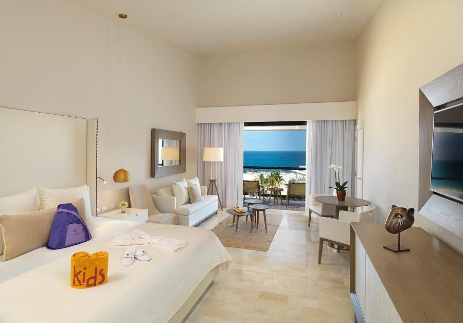 Family Concierge Ocean Front suite
