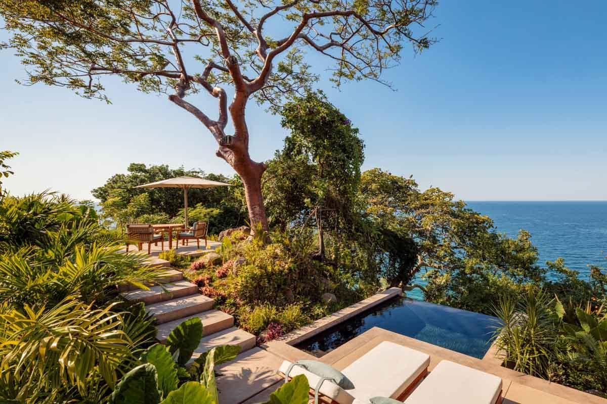 Panoramic Ocean Cliff Villa