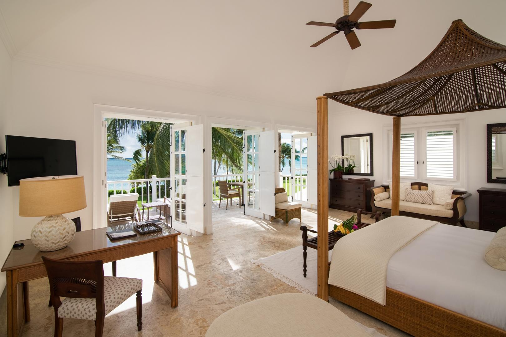 Junior Suite Beach Front