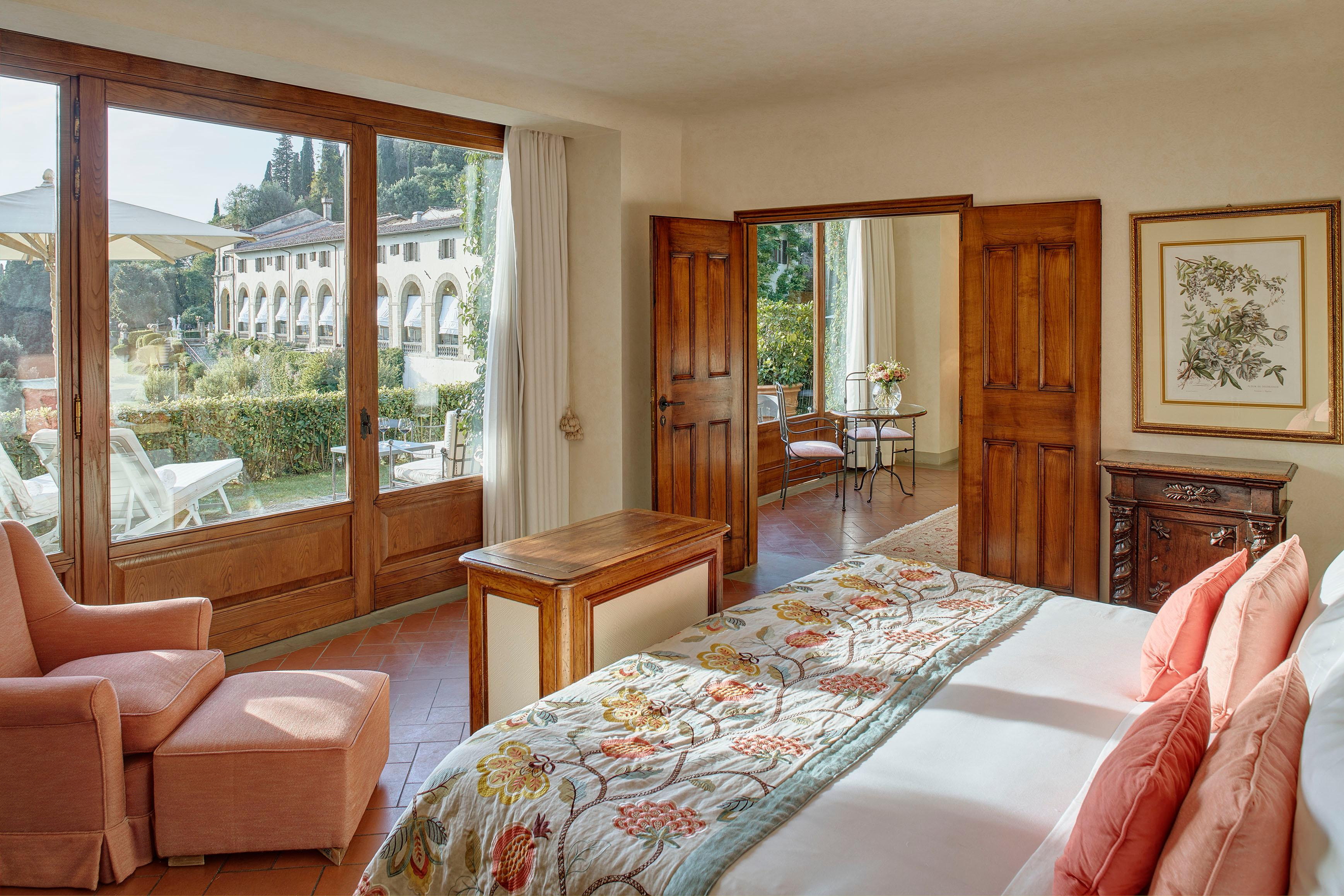Garden Suite with enchanting views over Florence